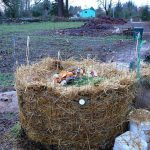 Wire Ring Heap_Compost pile_nancybeetoo_CC BY 2.0_Flickr