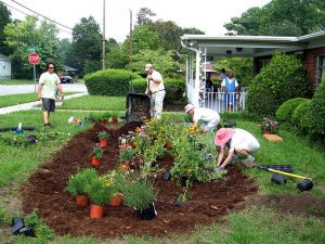 Putting in a Rain Garden_Seuss_CC BY-NC-ND 2.0_Flickr